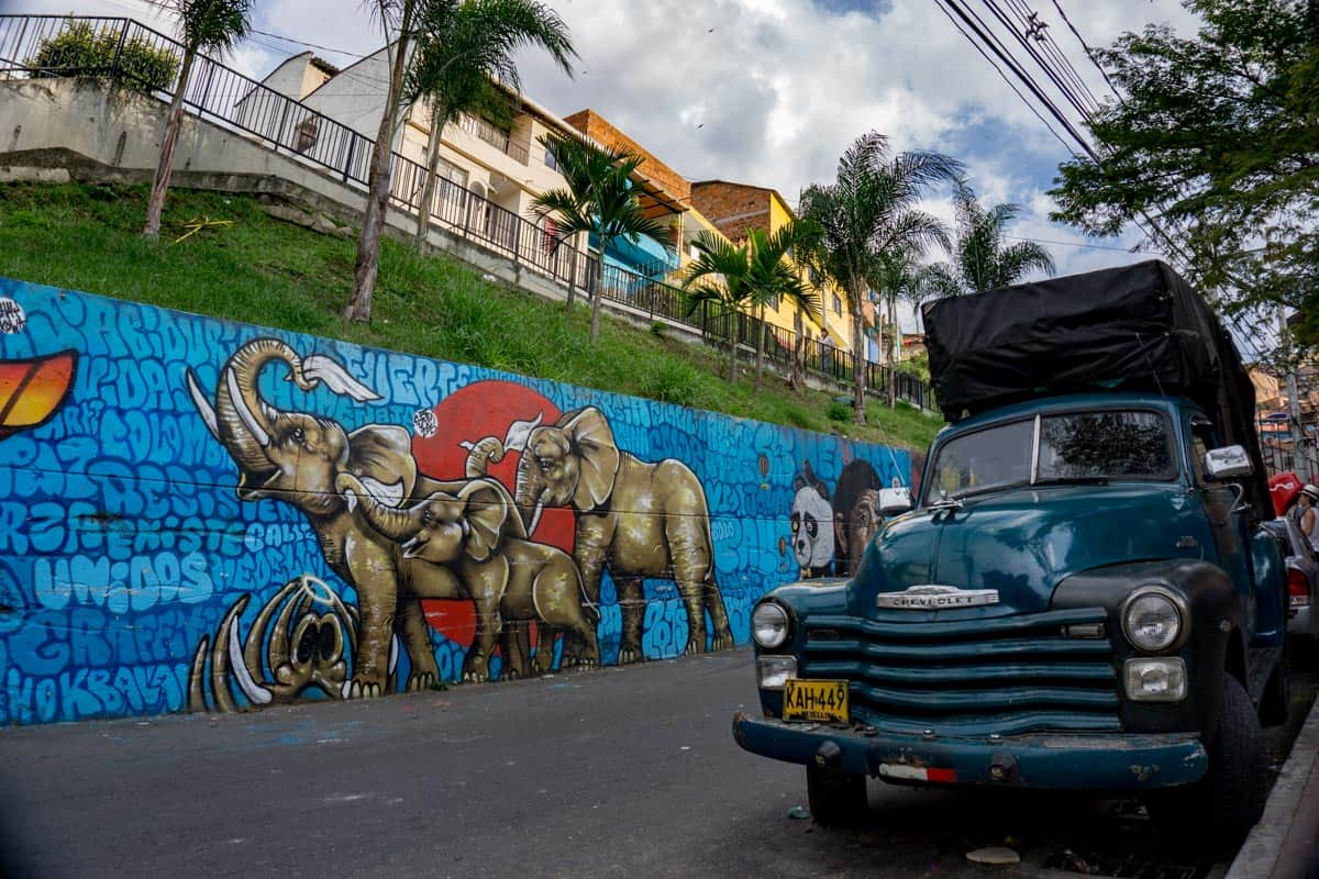 Graffiti tour in Comuna 13