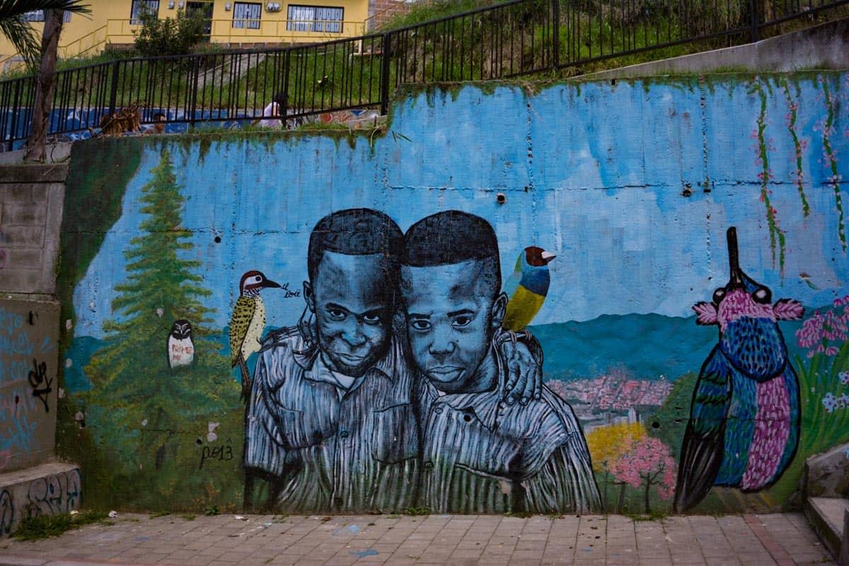 Graffiti comuna 13 Medellin