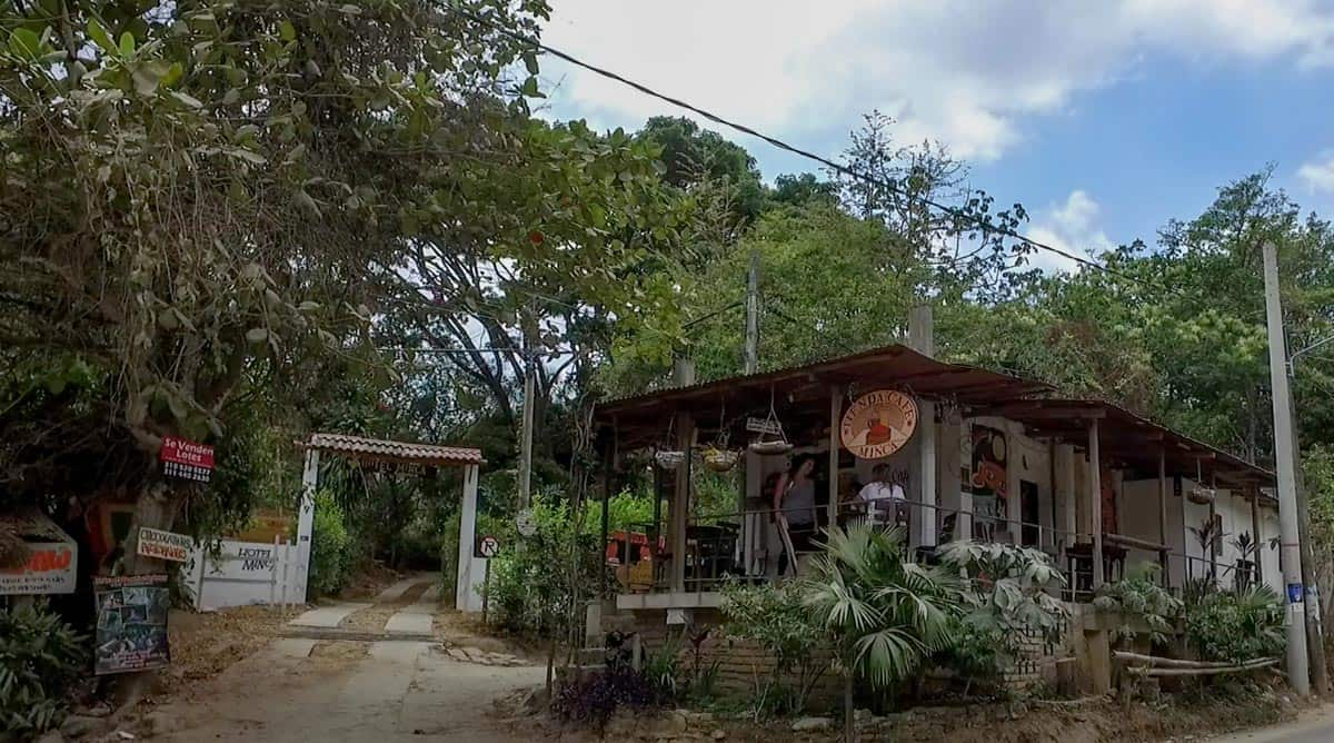 Picture of the outdoor cafe called Café de Minca