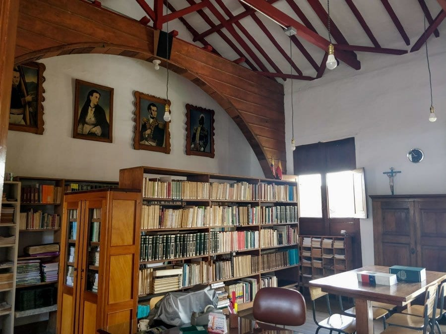 Jerico Colombia picture of the historical center library