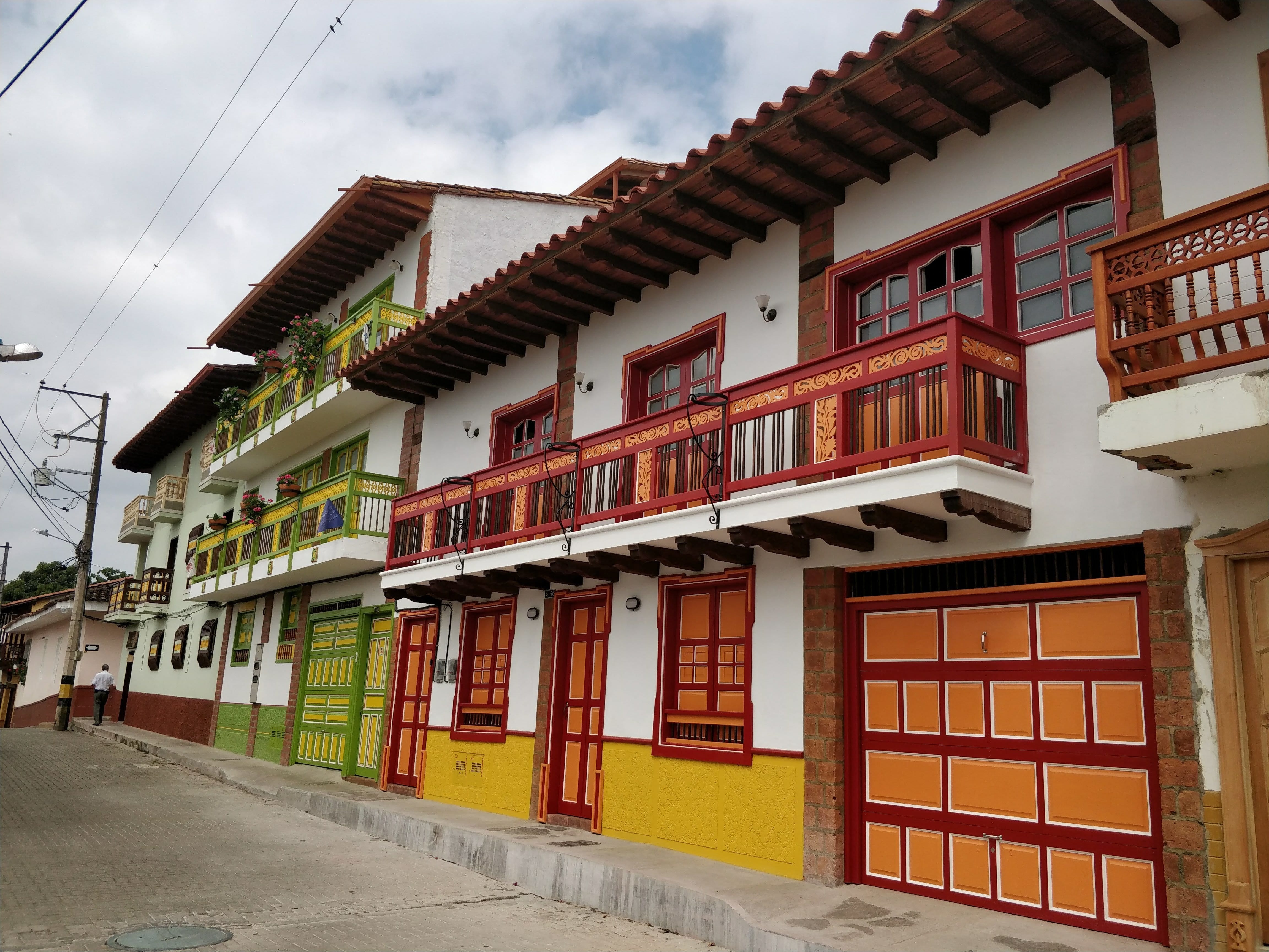 colored houses of Jerico Colombia