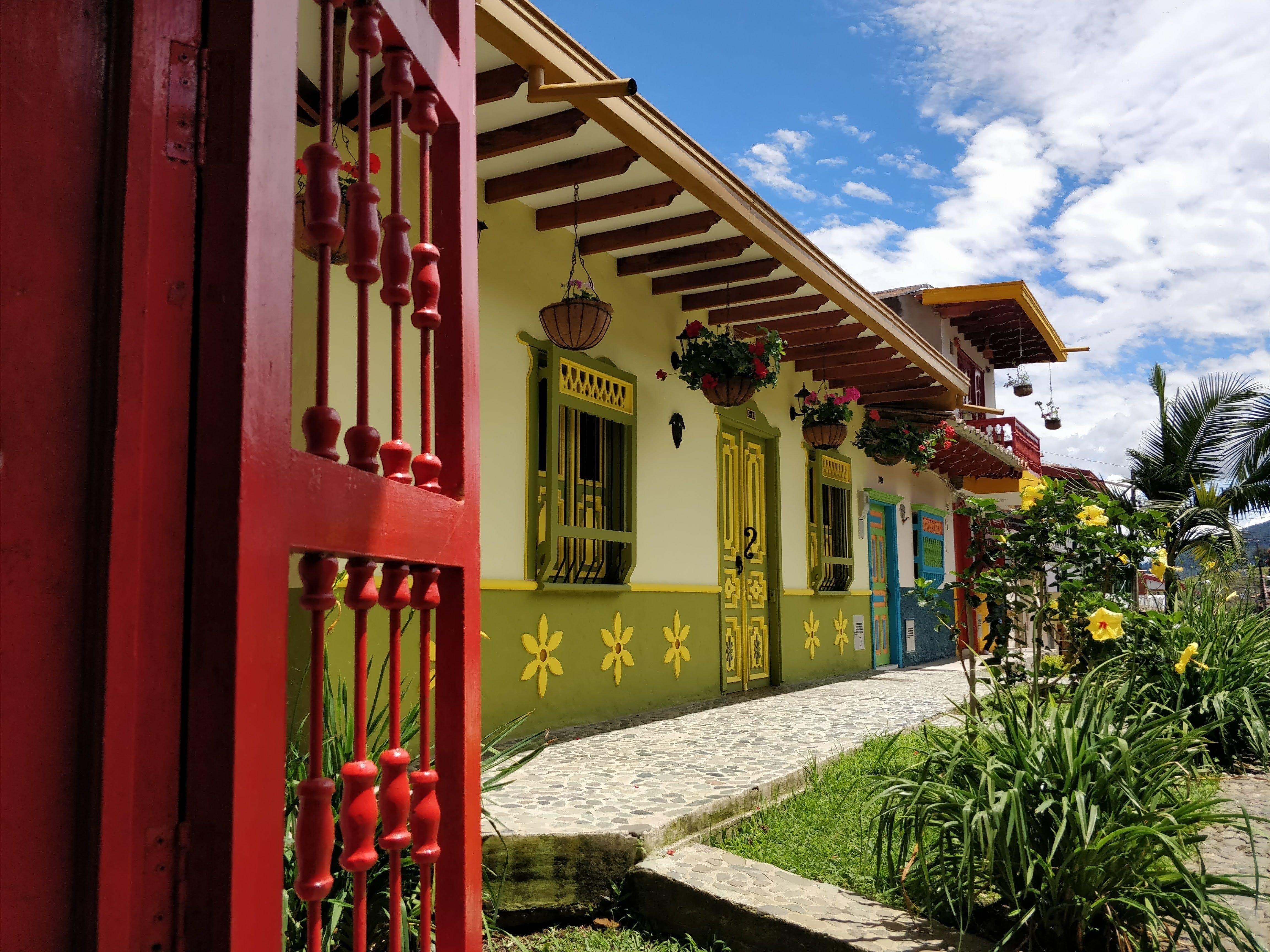 picture of houses in the town of Jerico Colombia