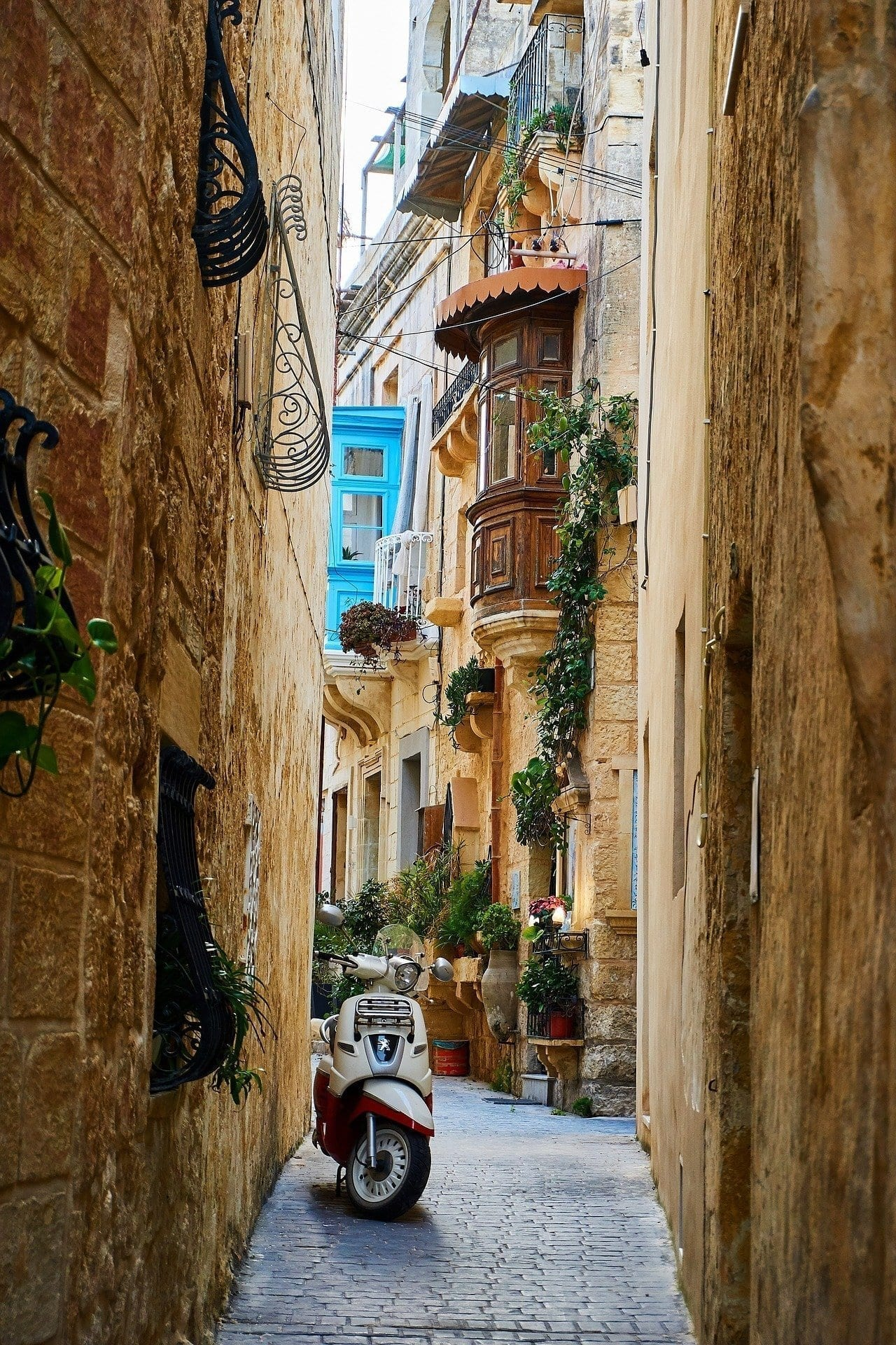 The interesting streets for sightseeing for malta sightseeing